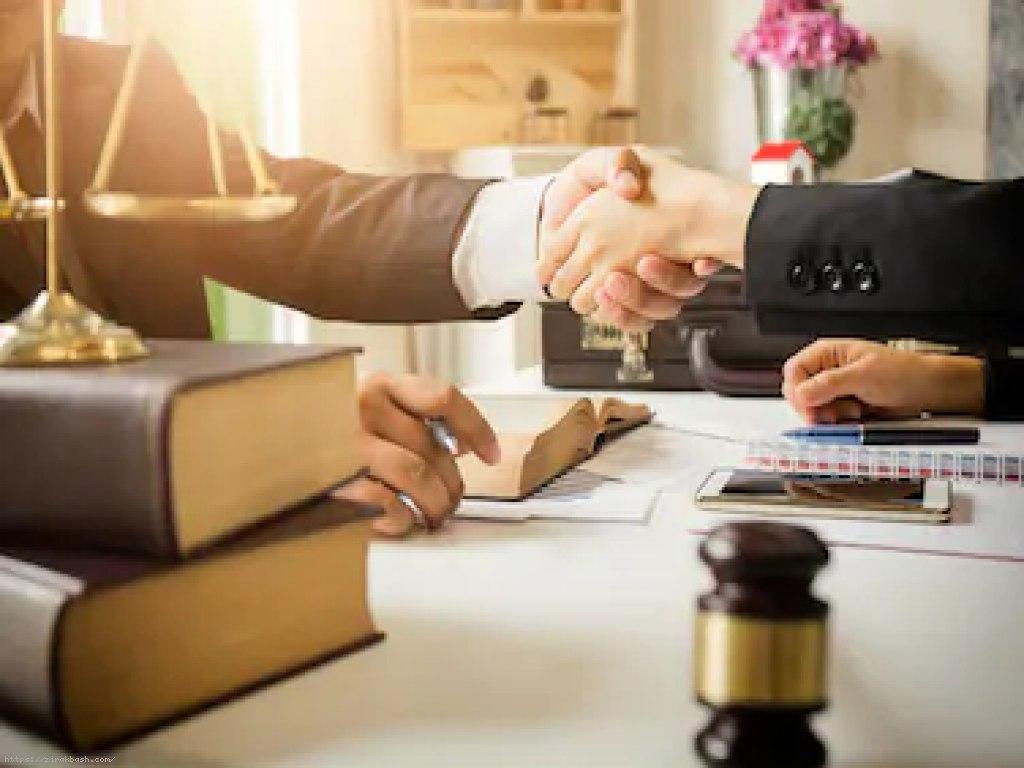 وکیل,وکالت,حقوق,دادگاه,دادگستری