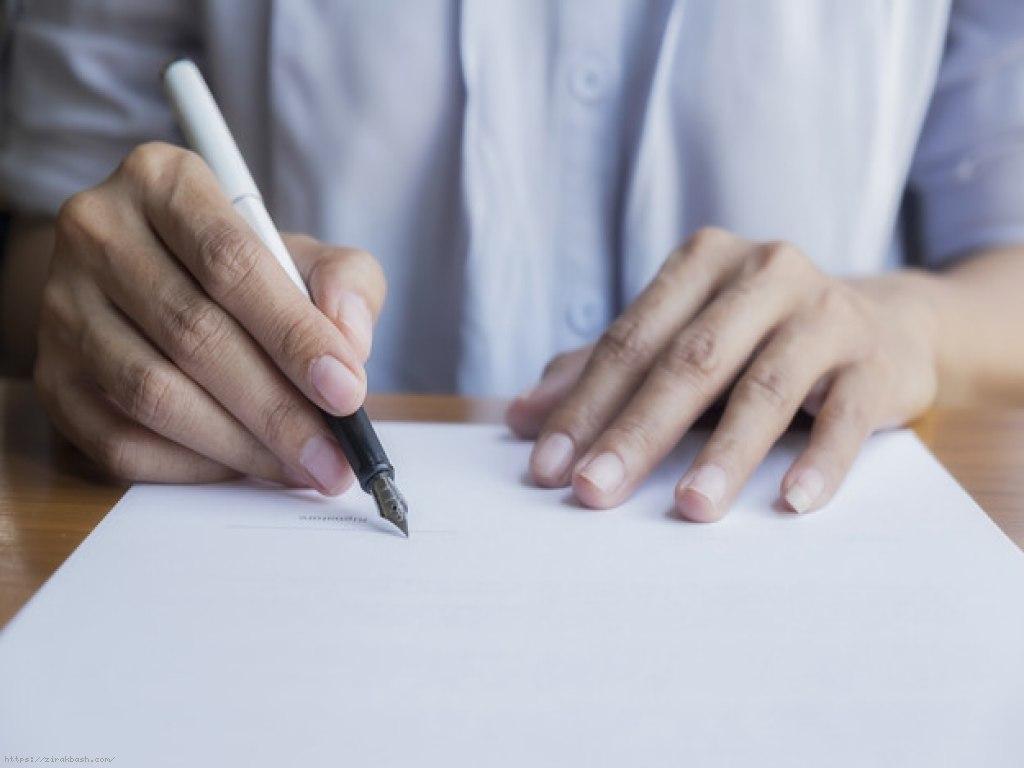 وکیل پرونده های کیفری,وکیل پرونده خانواده,وکیل پرونده های حقوقی,دفتر وکیل,اخذ وکیل,مدارک لازم برای گرفتن وکیل